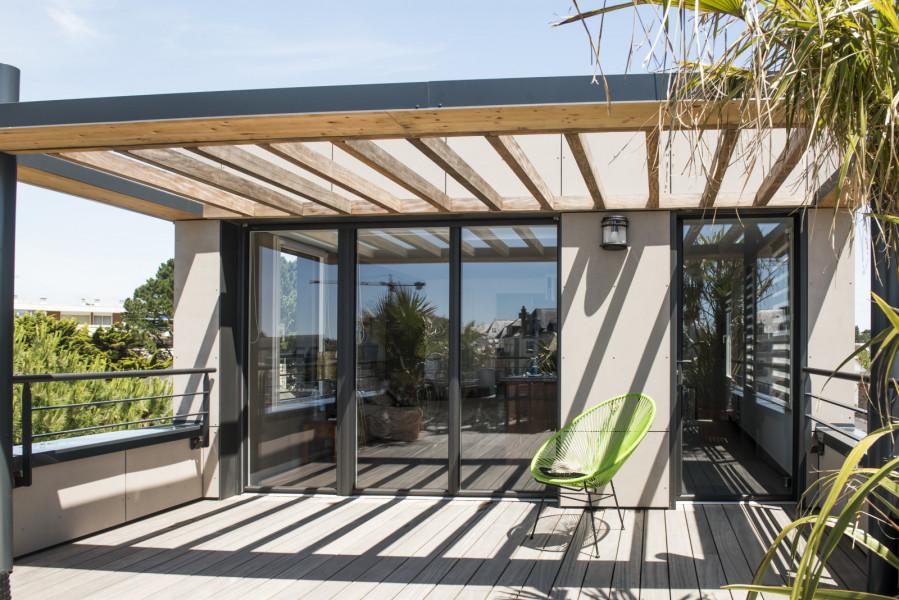 fen tre en aluminium pour le design et la couleur. Black Bedroom Furniture Sets. Home Design Ideas